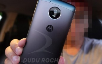 Moto G5 live photos and G5 Plus official render leaked