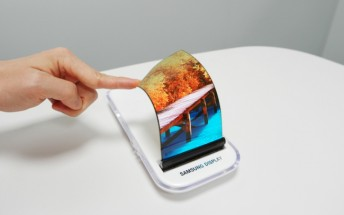 Samsung strikes a $4.3B supply deal with Apple for OLED panels