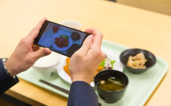 Sony creates app that counts calories with the snap of a photo