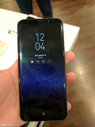 Samsung Galaxy S8+ in Orchid Grey