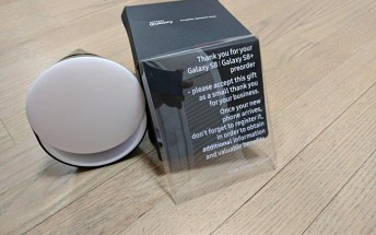 Samsung sending free speaker dock to those who pre-ordered Galaxy S8 in US