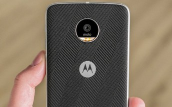 More Moto Z2, Moto Z2 Play and Moto E4 leaked photos appeared