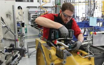 Google Glass is reborn as Enterprise Edition, loses consumer focus