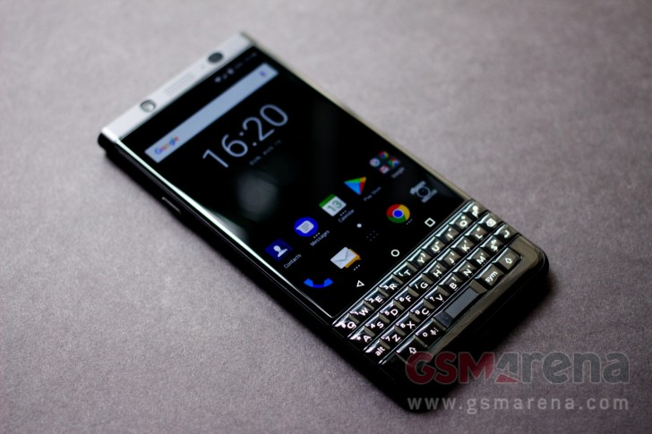 BlackBerry KEYone Limited Edition Black hands-on - GSMArena