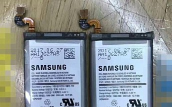 Leaked image shows 3,300mAh Galaxy Note8 batteries
