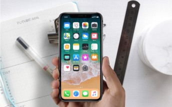 Apple iPhone X screen-to-body ratio compared