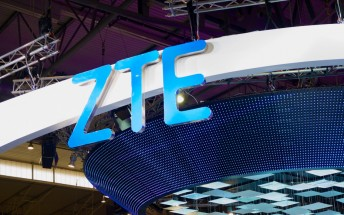 Dual-screen foldable ZTE Axon Multy to land in October, exclusive to AT&T