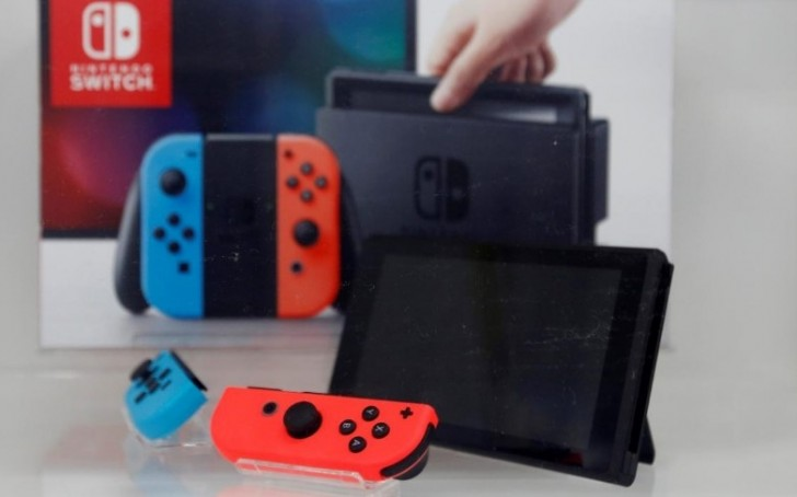 Nintendo expects to move 14M Switch consoles