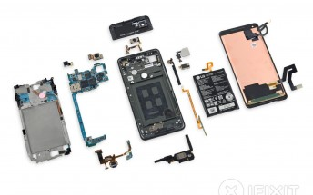Google Pixel 2 XL teardown reveals what's inside, results in 6 out of 10 repairability score