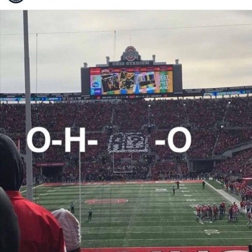 College football fans troll Apple