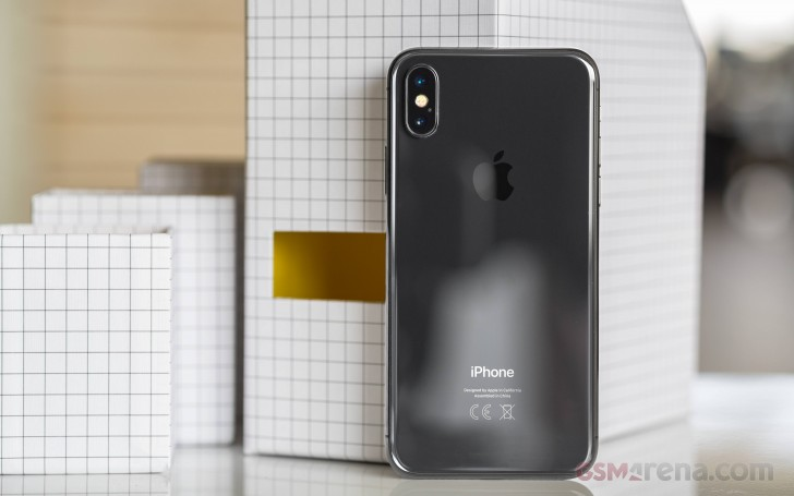 Apple iPhone 9: An iPhone X Offspring In Two Sizes?