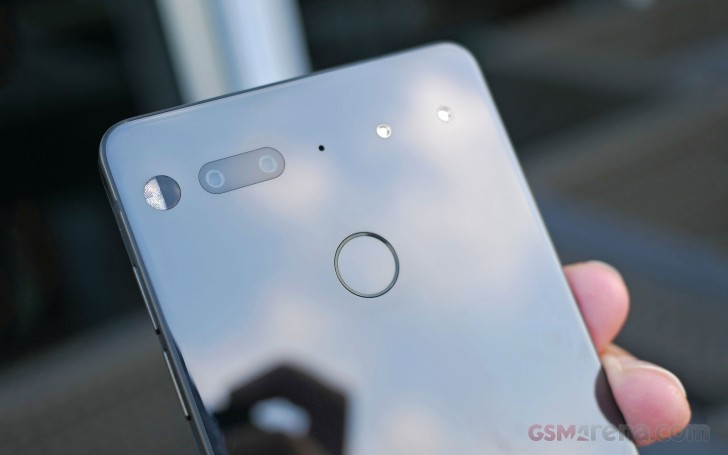 Here's what was discussed on today's Essential PH-1 Reddit