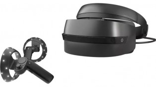 Microsoft Store Discounts Mixed Reality Headsets By Up To