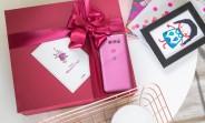 LG V30 Raspberry Rose unboxing