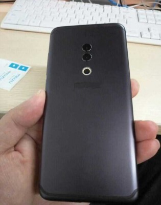 Meizu 15 Plus back