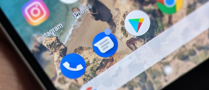 Android Messages might bring iMessage-like features and web