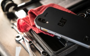 CAT S61 unveiled with better thermal camera and new tools