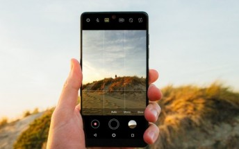 New Essential Phone Camera app update brings Auto-HDR mode