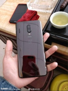 Alleged photos of the OnePlus 6