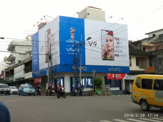 vivo V9 billboard in Indonesia