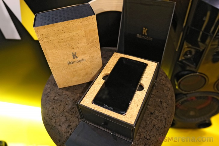 kimobile BLESSPLUS hands-on review