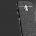 More images of Moto Z3 Play in the protective case