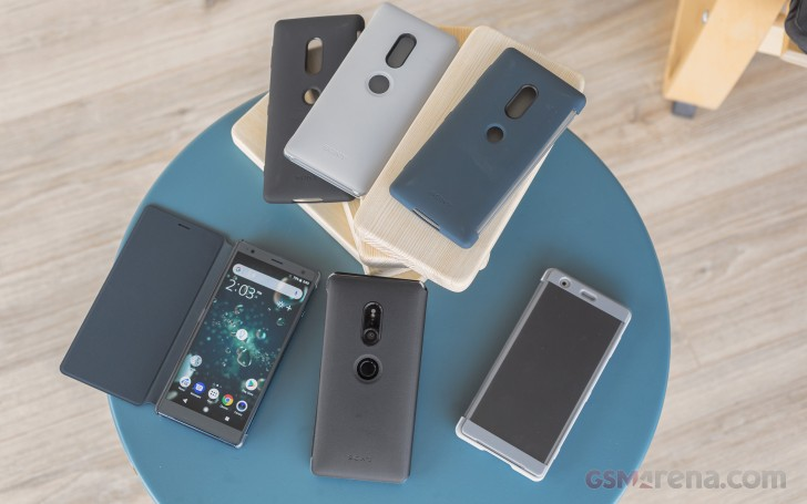 big sale 18b37 1057d Xperia XZ2 and XZ2 Compact pre-orders from Sony's store come with ...