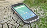"""Panasonic Toughbook FZ-T1 """"handheld"""" costs $1,600, has warm-swappable battery"""
