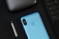Redmi 6 Pro in blue
