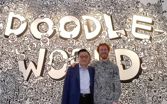 Samsung builds a video wall out of 132 Galaxy Note8s for Mr. Doodle's artwork