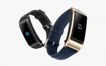 Huawei TalkBand B5 debuts as a smartband/Bluetooth headset hybrid