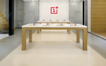 OnePlus opens three new experience stores in India on July 28