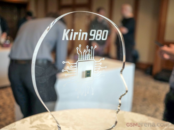 Huawei shows off 7nm Kirin 980 SoC