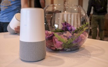 Hands-on with Huawei's AI Cube smart speaker and GPS Locator