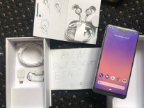 Google Pixel 3 XL unboxed way too early