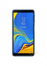 Galaxy A7 (2018) in black and blue