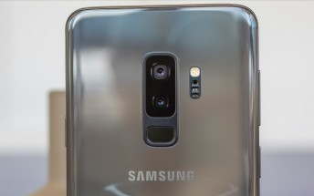 Here's a first look at the Samsung Galaxy S9+ running Android Pie