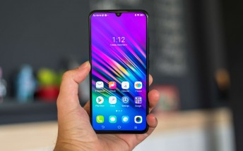 vivo V11 arrives in India with Helio P60
