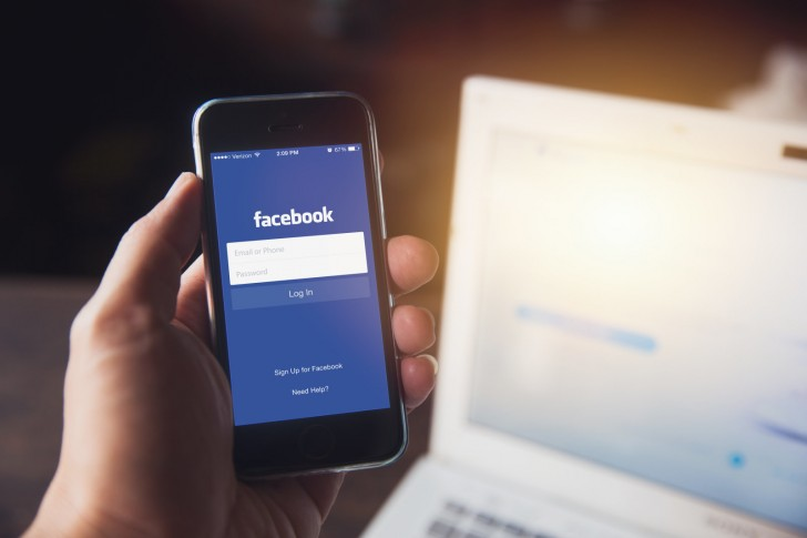 Facebook Lite makes its way to iOS - GSMArena com news