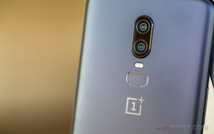 The best look yet at the OnePlus 6T