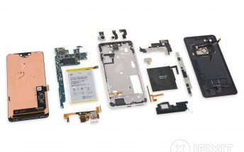 Google Pixel 3 XL teardown reveals Samsung-made screen, loads of glue