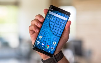 Sony Xperia XZ3 is now available in the UK for £699