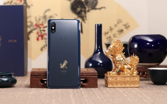 Xiaomi Mi Mix 3 Forbidden City Edition goes on sale in December