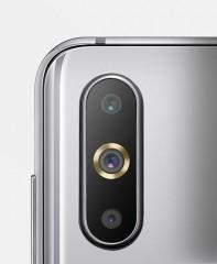 Triple cameras on both, but the Huawei nova 4 has the resolution advantage