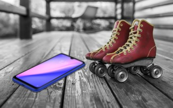 Redmi Note 7 kicked down the stairs, used as skates in new videos