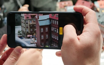 Testing Oppo's 10x optical zoom camera