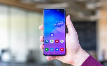Samsung Galaxy S10+ first software update rolling out