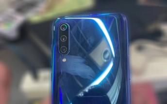 Xiaomi Mi 9 shines in hands-on photos