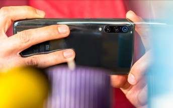 Xiaomi Mi 9 receives its first OTA with camera improvements