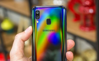 Samsung Galaxy A40 in for review